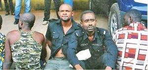policeman-robbers