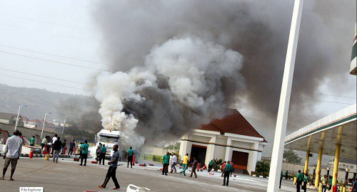 NNPC-filling-station-on-fire-4-1